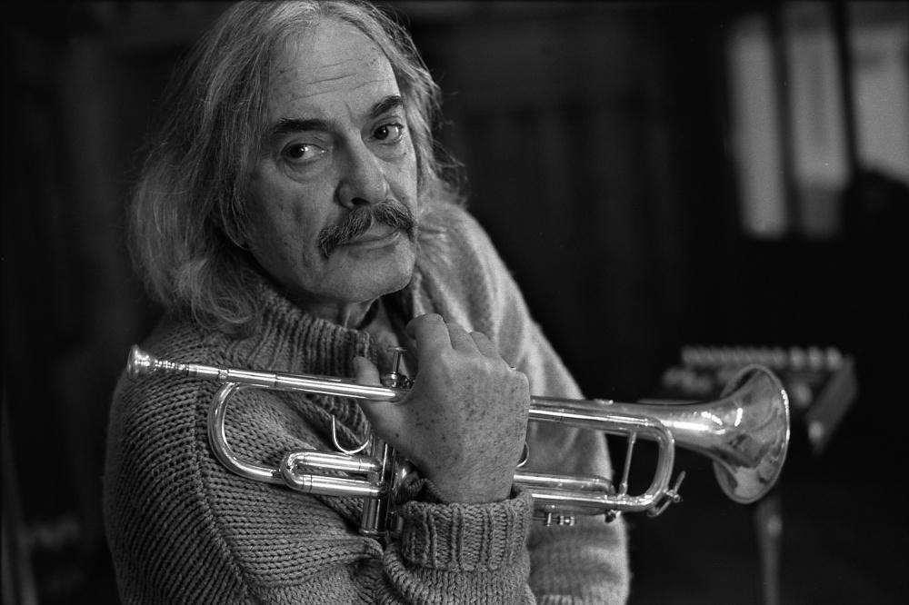 Enrico Rava (foto di Robert Lewis / ECM Records)