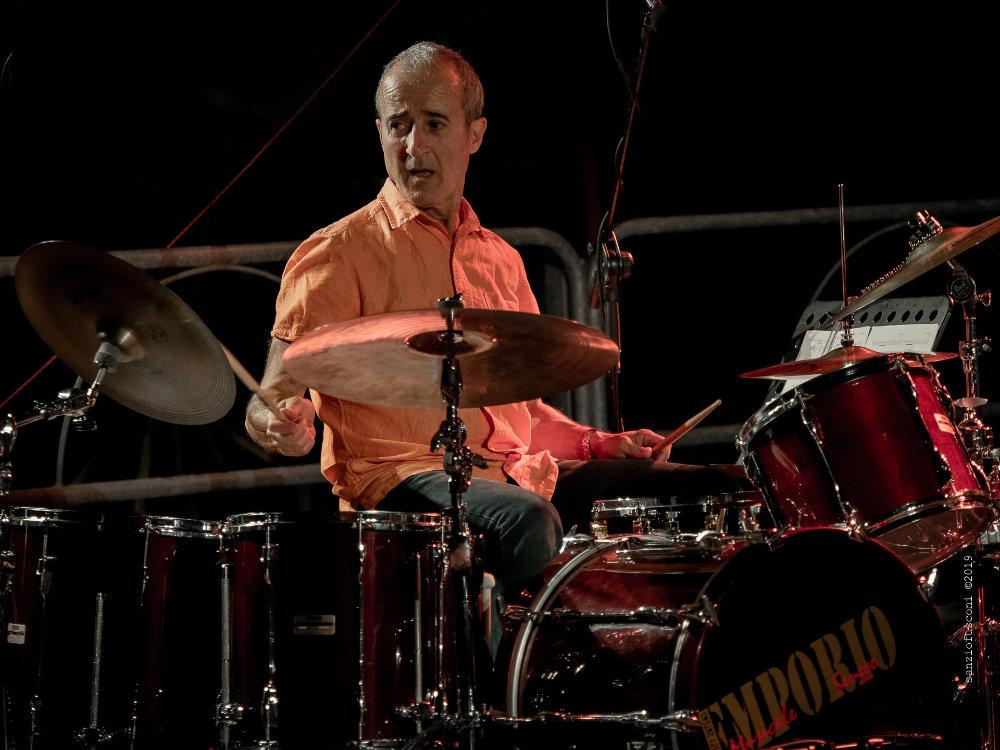 Bobby Previte (foto Sanzio Fusconi) - Bobby Previte's Classic Bump Band