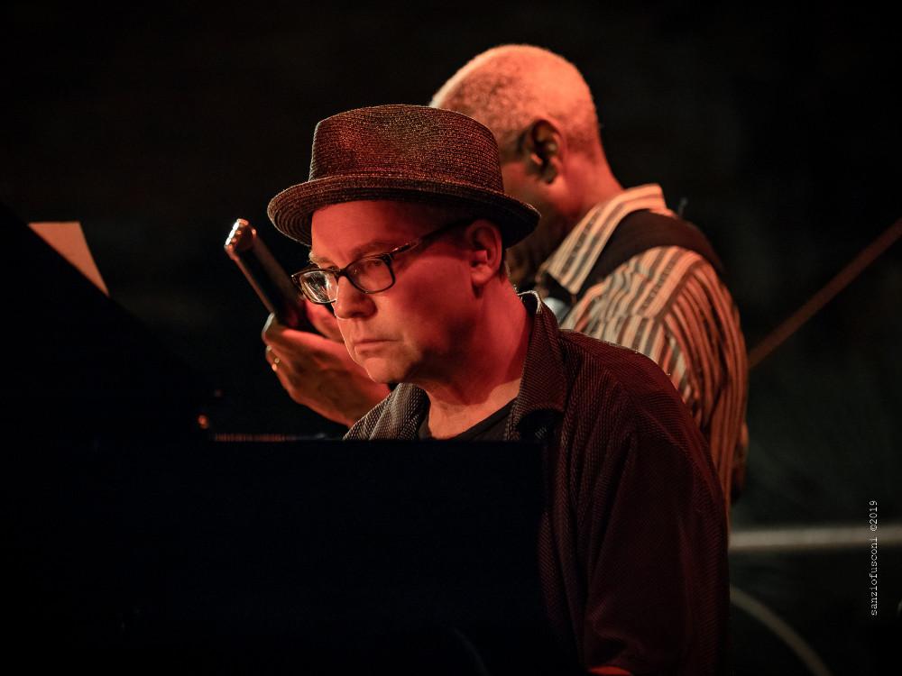 Wayne Horvitz (foto di Sanzio Fusconi) - Bobby Previte's Classic Bump Band