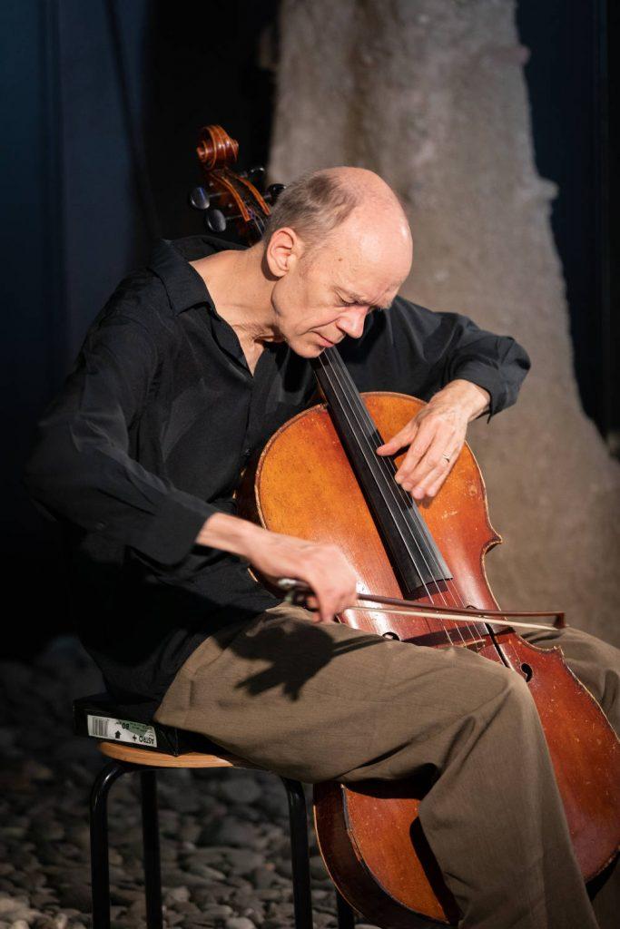 Hank Roberts (foto di G. Pichler) - Südtirol Jazzfestival Alto Adige