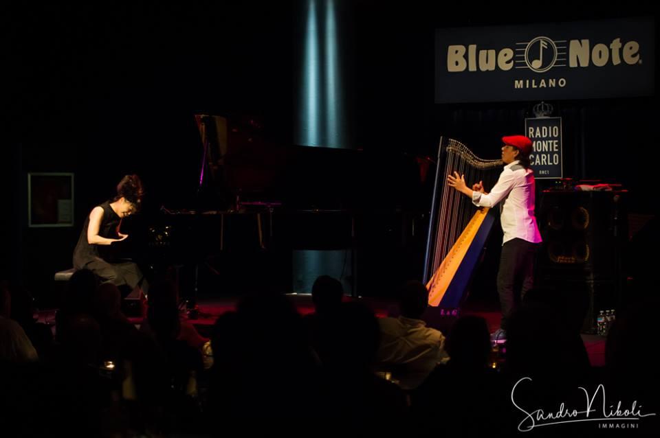 Hiromi & Edmar Castaneda, Blue Note Milano 7 ottobre 2017 - foto Sandro Niboli