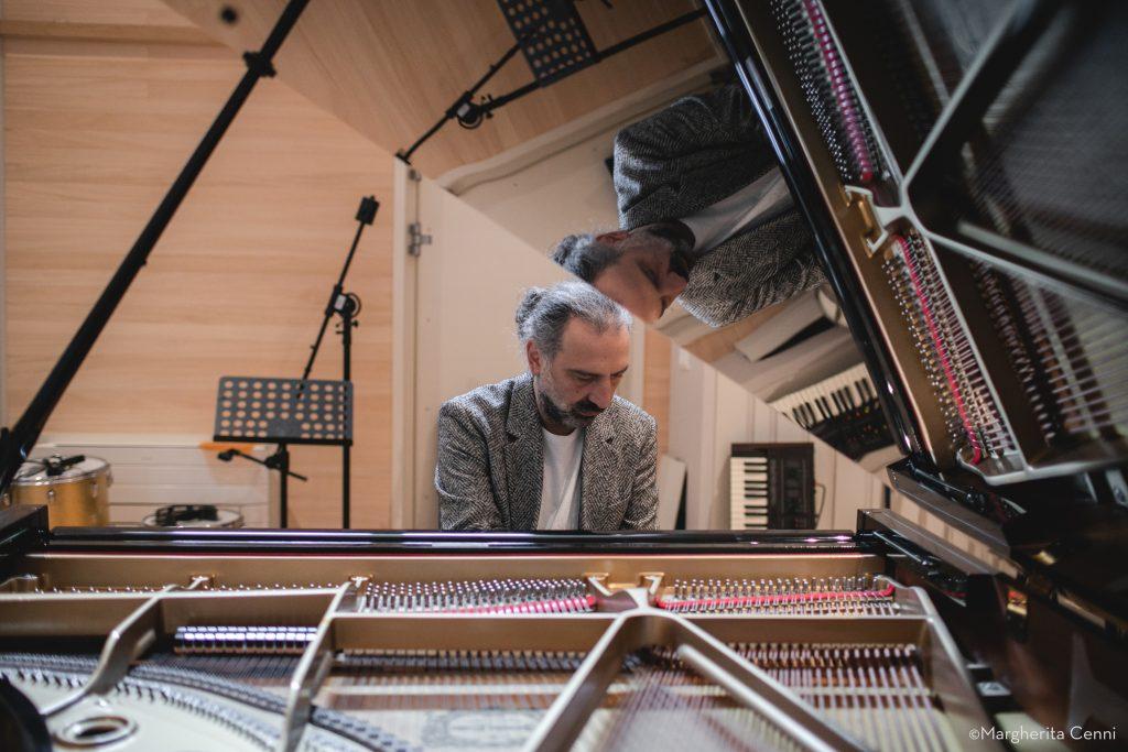 Stefano Bollani Superstar «Piano Variations On Jesus Christ Superstar»