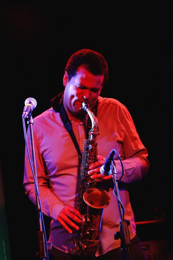 Greg Ward - Makaya McCraven Quartet, JazzMi 2017 - foto Francesco Spezia