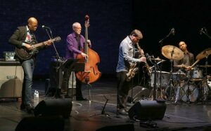 Lionel Loueke, Dave Holland, Chris Potter, Eric Harland