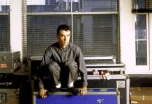 David Byrne (foto di Benno Friedman) - True Stories