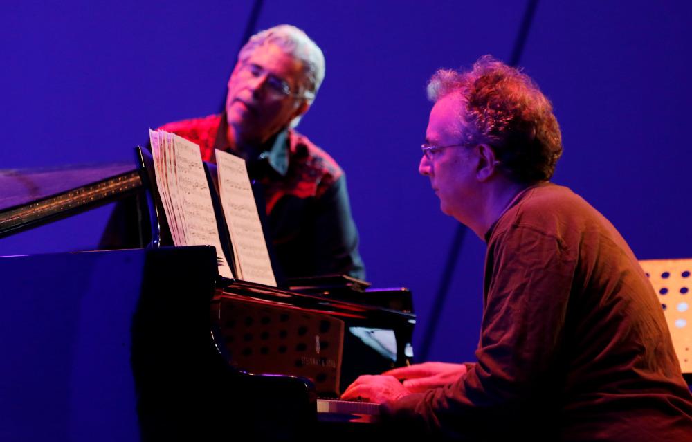 David Moss e Uri Caine
