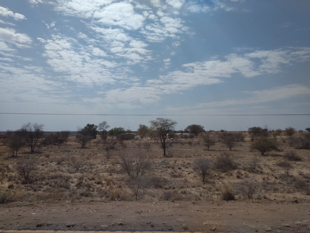 Paesaggio semi-desertico a Windhoek (foto di Federica Michisanti)