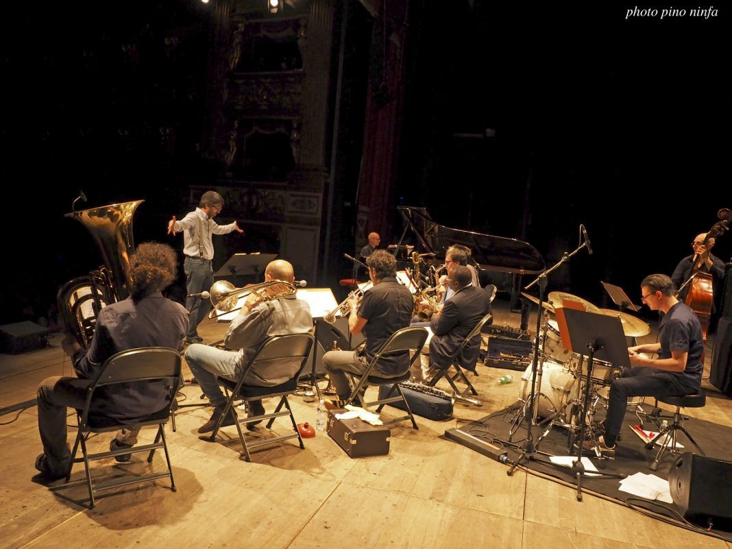 lydian sound orchestra