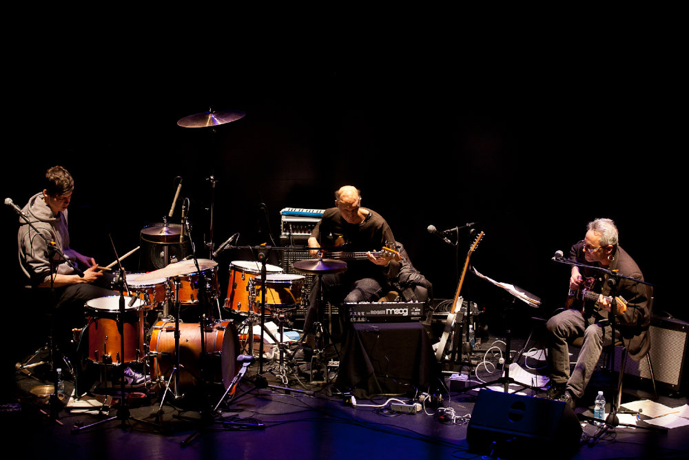 Marc Ribot con i Ceramic Dog