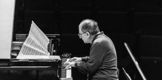 Perpianoeorchestra - Enrico Pieranunzi (foto di Soukizy)
