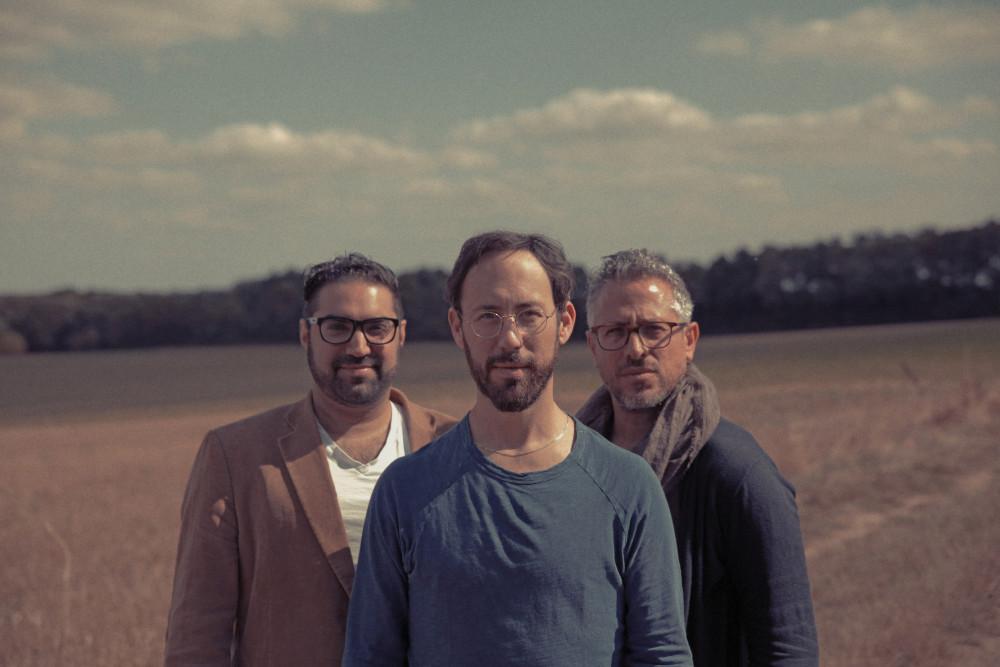 Sam Minaie, Yaron Herman e Ziv Ravitz