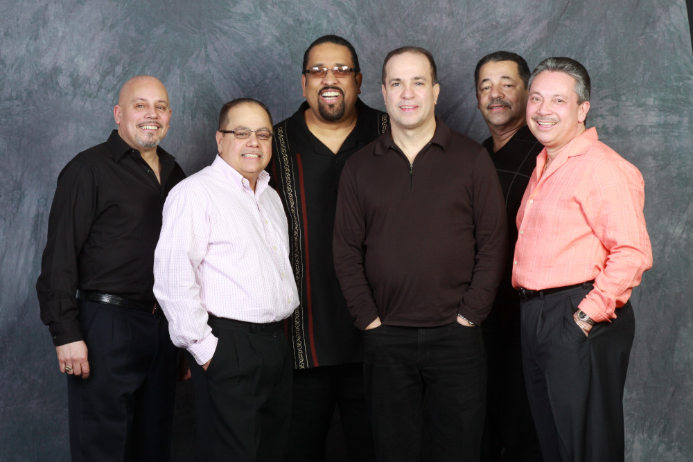 Seis del Solar: nella band che per molti anni ha accompagnato Rubén Blades figuravano Ricardo Marrero, Ralph Irizarry, Oscar Hernández, Mike Viñas, Eddie Montalvo.