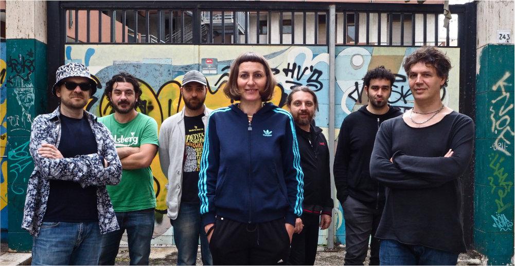 Stefania Dipierro e la Paz Community: Gaetano Partipilo, Mirko Signorile, Vince Abbracciante, Marco Bardoscia, Fabio Accardi e Antonio Oliveti.