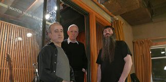 The New Standard Trio: Bobby Previte, Steve Swallow e Jamie Saft