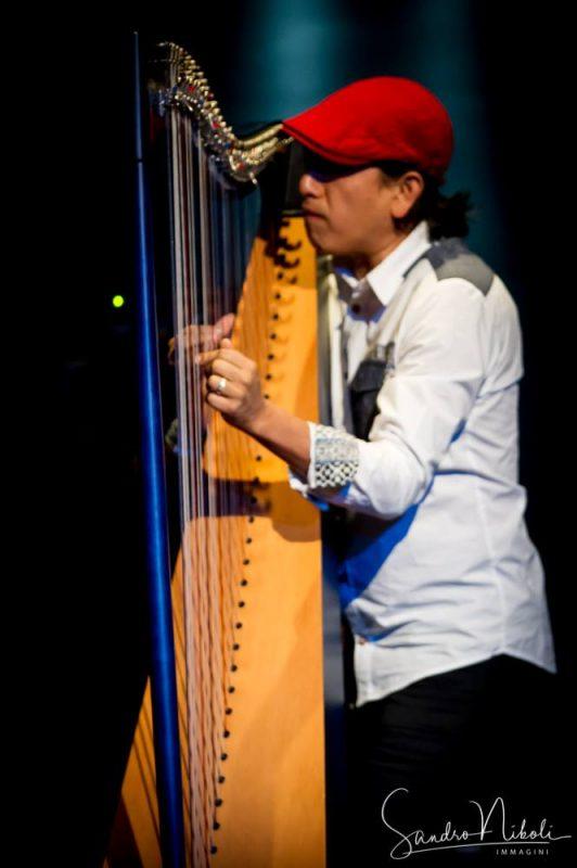 hiromi & Edmar Castaneda - Live 07**10**2017 Blue Note Milano Foto di Sandro Niboli