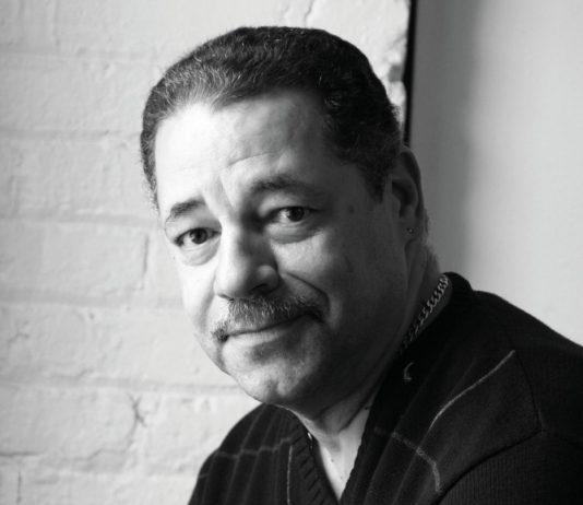 Michael Viñas